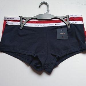 Tommy Hilfiger boyshort panties (2 pairs)